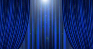 theater-2757802_960_720