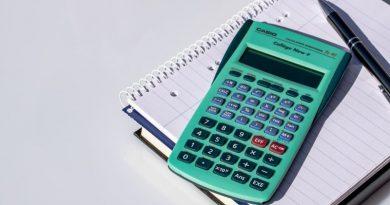 calculator-2391810_1920