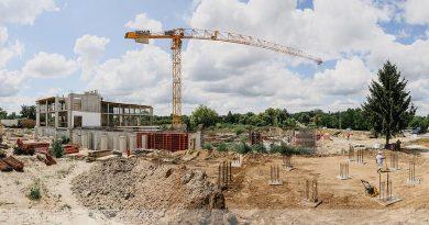 Új épület születik